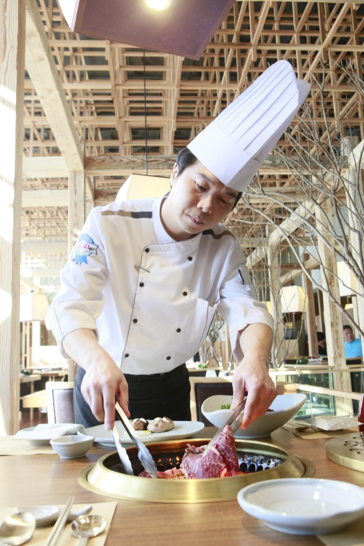 Head Chef Gi Won Park